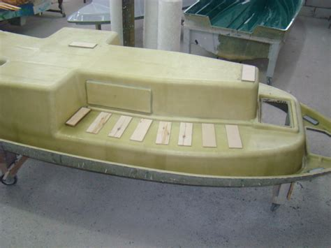 polyester boot mallen te koop nieuwe boten o a consoleboten en visboten bootkromk