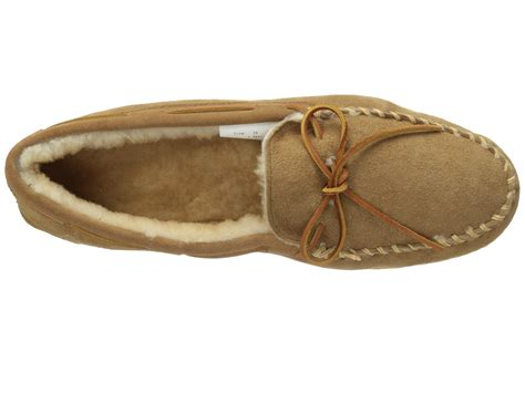 minnetonka slippers men shipped free at zappos zappos men s minnetonka leather sandals for men