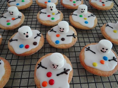 cheap xmas bun ideas melted snowman biscuits be a
