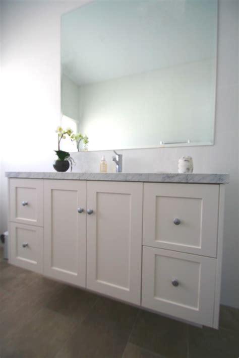bathroom cabinets wall hung