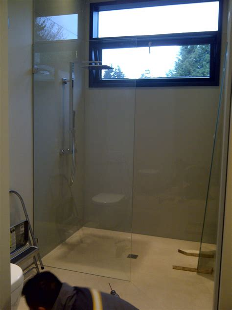 Glass Shower Walls And Doors Backsplash Glass Repair Replace And Install In Vancouver