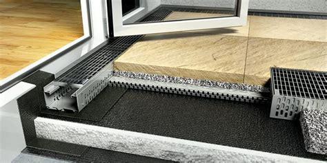 Triflex Balkonsanierung Kosten by 15 Cm Hohe Abdichtung Oder Eine Fassadenentw 228 Sserung Bei