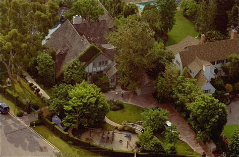 nicole simpson house houses scarred by murders often spook prospective buyers toledo blade
