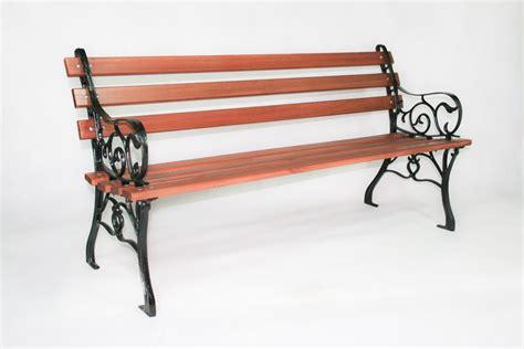 banco d jogo de bancos de jardim madeira e ferro fundido c 1 mesa