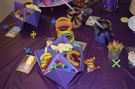 90 s decor 90s themed decorations birthday party ideas pinterest