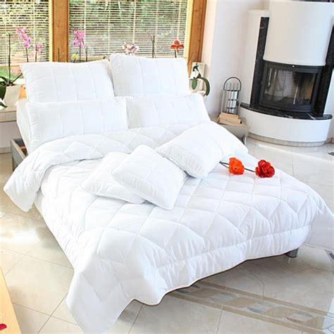Bettdecke Mit Kissen by Bett Bettdecken M 246 Belideen