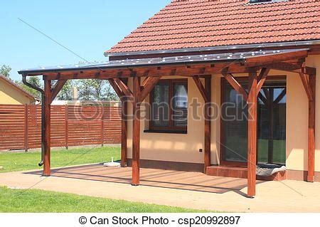 pergola en bois pour terrasse 4651 banque de photographies de bois pergola 224 a couverture