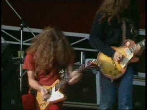lynyrd skynyrd knebworth youtube lynyrd skynyrd gimme three steps 1976 youtube