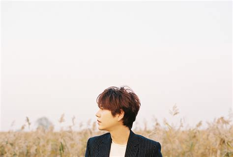 Junior Kyuhyun Waiting Still waiting still kyuhyun
