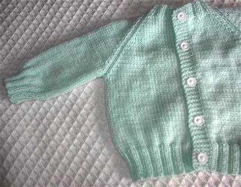 free newborn baby knitting patterns cardigans top raglan baby sweater allfreeknitting