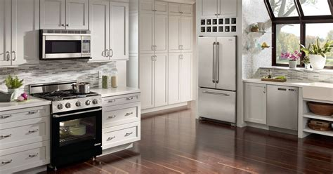 Dacor Kitchen by Samsung Buys U S Home Appliance Maker Dacor Digital Trends