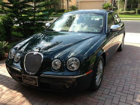Avis Car Types Uk by Purchase Used 2007 Racing Green Jaguar S Type In