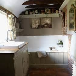 Small Bathroom Decorating Ideas Small Country Bathroom