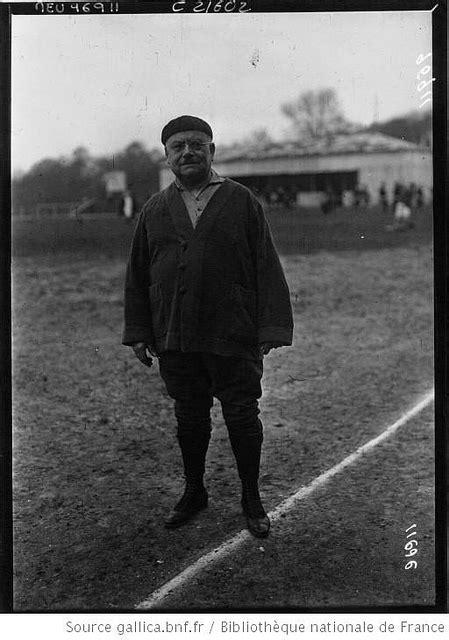 "Rugby-Pioneers: Lost ""Brennus"" in Clermont"