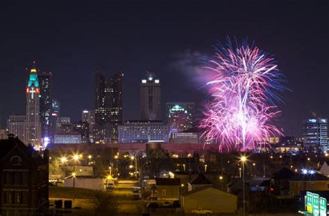 new years columbus columbus new years 2018 places events nightlife fireworks