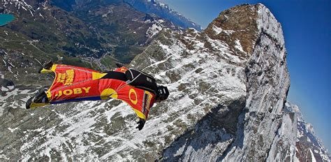 Mon Evier Est Bouché by To Jump Mt Everest Summit In Wingsuit Abc News