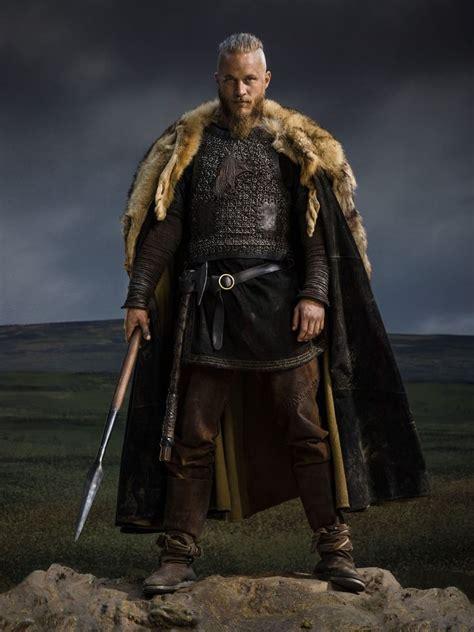 bjorn lothbrok viking season 2 bjorn lothbrok pinterest vikings season 2 ragnar lothbrok official picture vikings