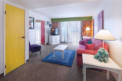 two bedroom suites in anaheim two bedroom family suite picture of holiday inn hotel