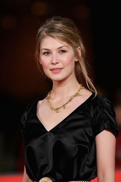 lovely rosamund pike october 20 2nd rome film festival quot fugitive pieces