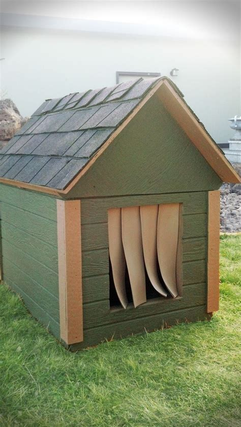 dog house insulation ideas 17 best ideas about insulated dog houses on pinterest insulated dog kennels build