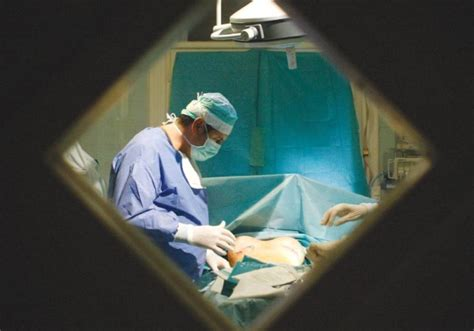 male modesty female physician breast cancer patients modesty could force male surgeons