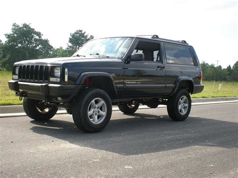 icon 2010 grand cherokee 0 2 quot lift jpfreek would my jeep look bad with a 3 quot lift and 235s jeep