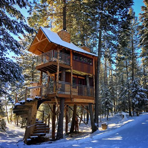 three houses vacation rentals 10 epic treehouses to rent for the
