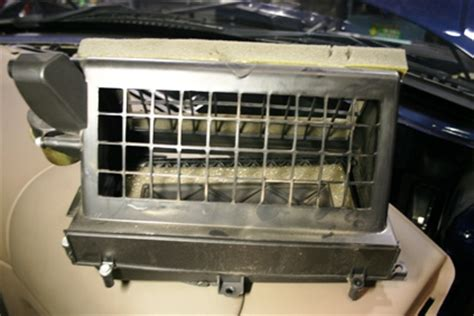 2004 Ford Explorer Cabin Filter by Cabin Air Filter Location 2013 Ford Focus Get Free Image