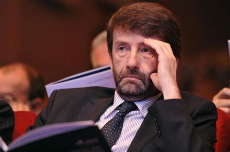 franceschini mobili franceschini firma il decreto tax credit per il digitale