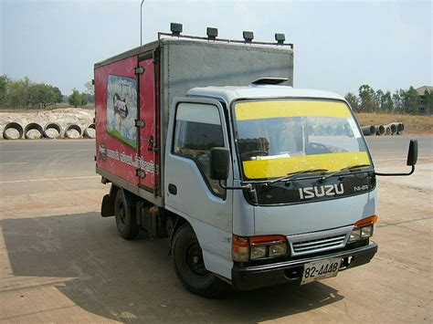 Smallest Size Truck by File Isuzu Small Truck Thailand Front Jpg Wikimedia Commons