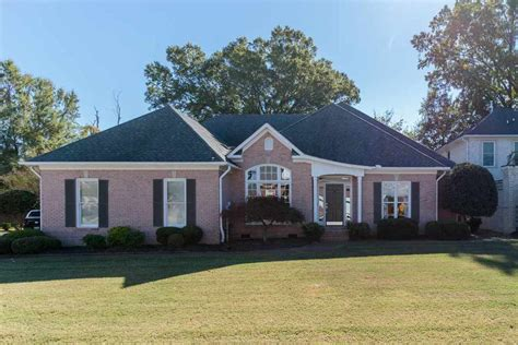 128 southwind jackson tn for sale 269 900 homes