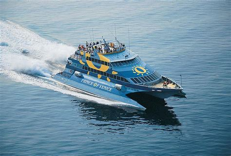 aquavision glass boat catamaran umag f 228 hren istrien venedig tagesausfl 252 ge und einwegfahrten