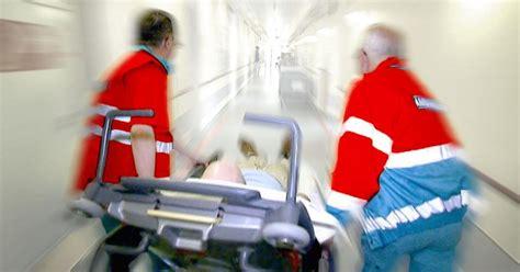 fieber bei kleinkindern ab wann ins krankenhaus mit grippe ins krankenhaus w wie wissen ard