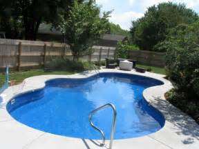 Backyard Pools Triyae Backyard Pictures With Pools Various Design