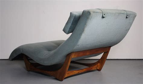 Types Of Lounge Chairs by Mid Century Chaise Lounge Chair Types Of Antique Chair