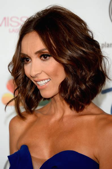 why did guilliana rancic color her hair giuliana rancic short wavy cut bobs wavy lob and short