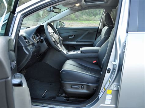 2015 Toyota Venza Interior by 2015 Toyota Venza Pictures Cargurus