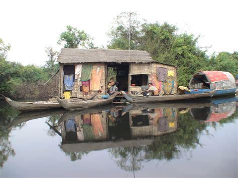 cambogia turisti per caso vivere in cambogia viaggi vacanze e turismo turisti