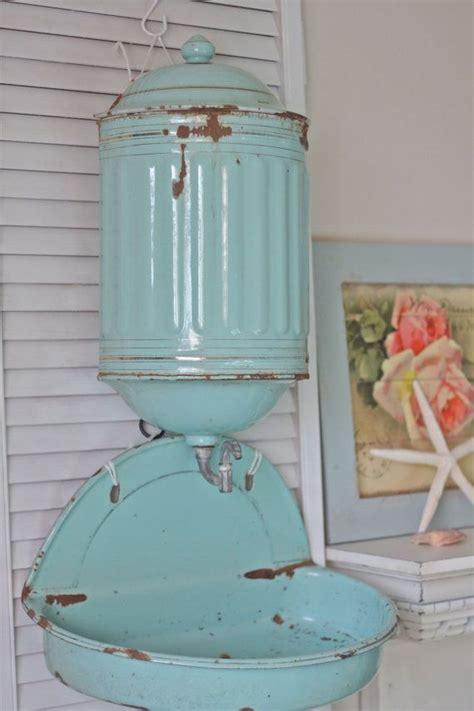 126 b 228 sta bilderna om kockums p 229 vintagek 246 k vintage enamelware och stugor