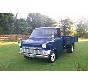 1969 CLASSIC FORD TRANSIT HISTORIC DROPSIDED TRUCK