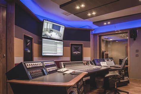 Ellis Marsalis Center for Music Opens WSDG Studio With JBL Professional M2 Master Reference