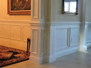 Wainscoting Vs Chair Rail Crown Molding Chair Rails And Wainscoting To Increase Value