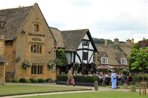 Cotswold Cottages Broadway by The Villages Of Bibury And Broadway Secret Cottage Tours
