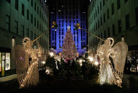 wallpaper rockefeller center tree 2 17 this year s rockefeller center tree is so beautiful you can barely tell it s a cell