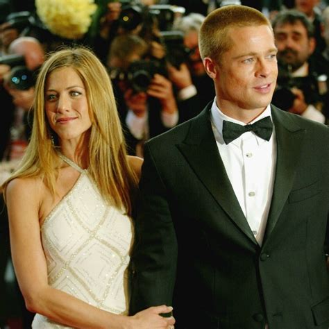 Lepaparazzi News Update Anistons No To Pitt Book by Aniston Shares How Therapy Helped Cope With Brad