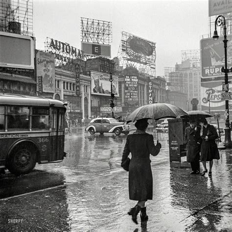 barber downtown auckland it s raining in 1943 new york city cool old photos