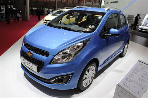 chevrolet spark interni 2013 chevrolet spark gets refreshed for europe autoblog