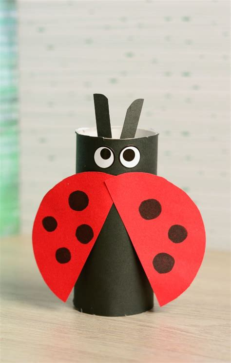 crafts easy toilet paper roll ladybug craft easy peasy and
