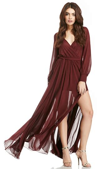 dailylook witherspoon chiffon maxi dress in burgundy dailylook
