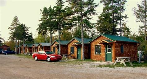 Cabins Near Mackinaw City by What We Found Out Mackinac Lakefront Cabin Rentals
